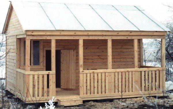 Бревенчатый вариант постройки