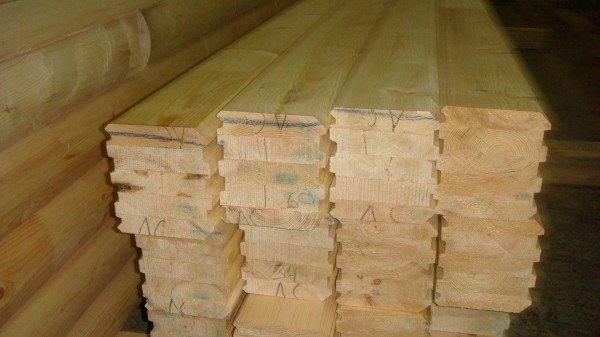 Довольно часто при строительстве подобных домов остается слишком много лишнего материала или в процессе монтажа возникает его большая нехватка