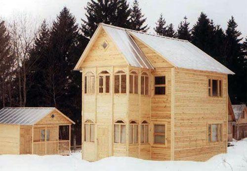 Фото собранного дома из профилированного бруса