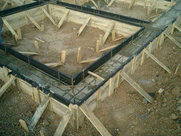 Фундамент почти готов