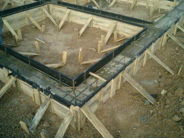 Готовим основание для здания