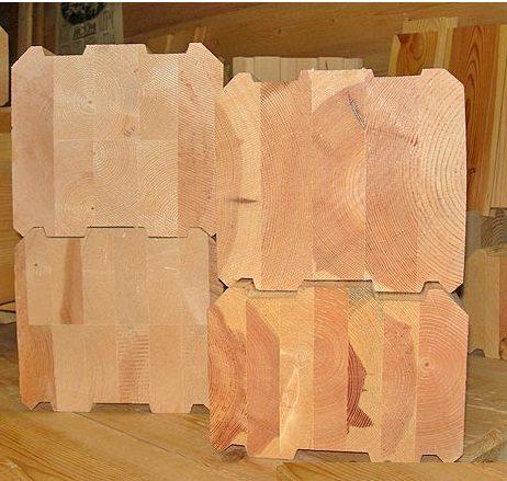 Как видно на фото, комбинированный брус кедр-лиственница отличается оригинальным цветовым решением