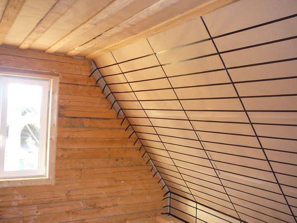 Мансарда требует более качественной теплоизоляции, чем помещения первого этажа