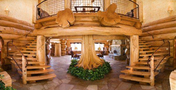Немного иная, но все же роскошная интерпретация стиля арт-деко в деревянном доме