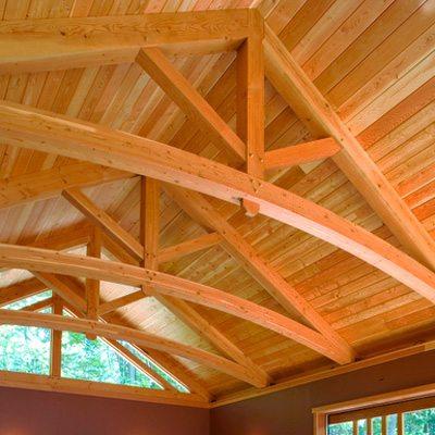 Неважно, сколько стоит деревянный брус, если этот материал позволяет создавать подобные конструкции.
