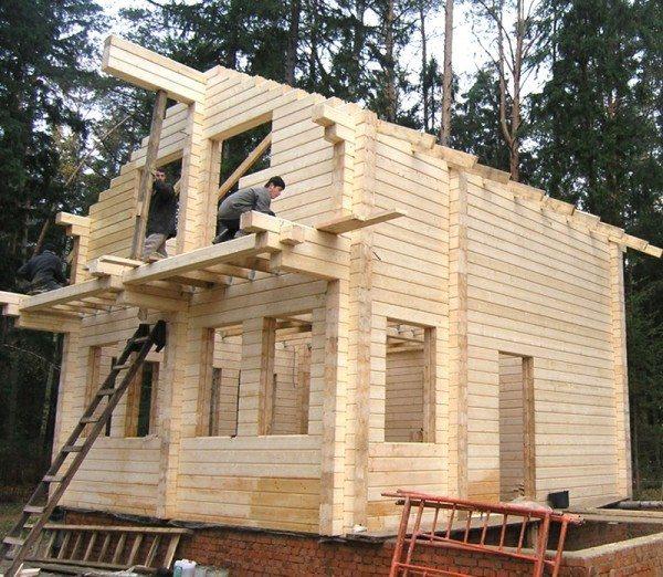 Процесс возведения жилья из клеевого бруса своими руками.