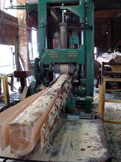 Распиливание бревна на заготовки