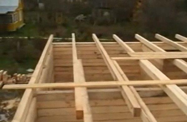 Временное перекрытие сруба для обустройства крыши