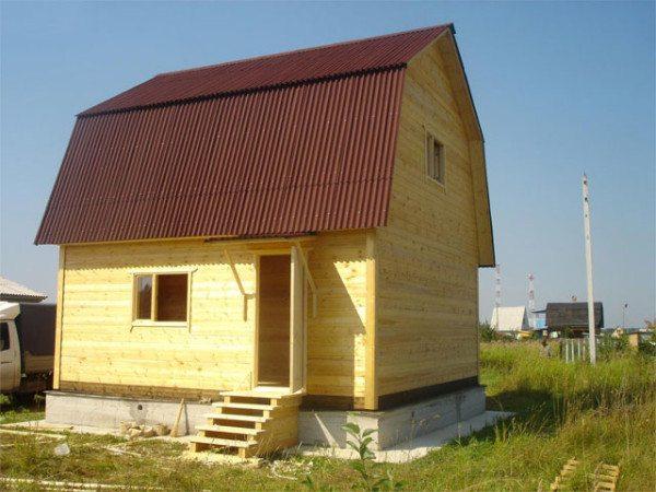 Дачный брусчатый домик 5х4.
