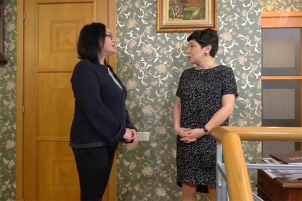 Обсуждение ведущей с Ларисой Гузеевой об изменениях на кухне