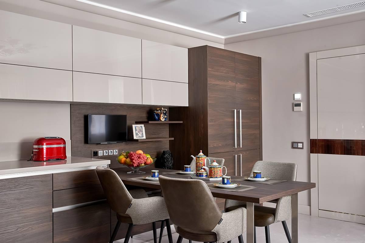 Система умный дом в кухне Ирины Аллегровой