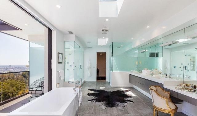 Ванная, душевая и спа-зона