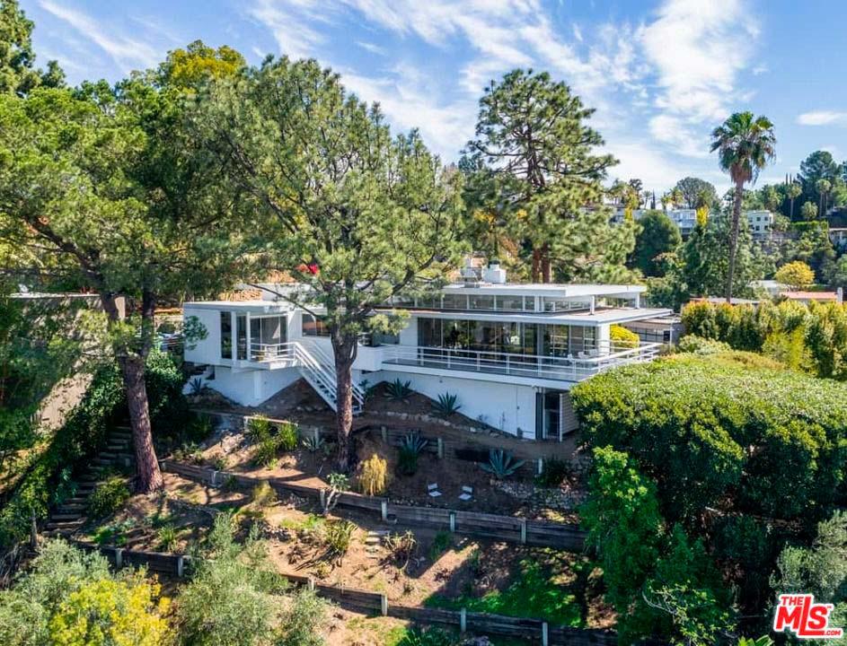 Дом Келли Осборн в Лос-Анджелесе