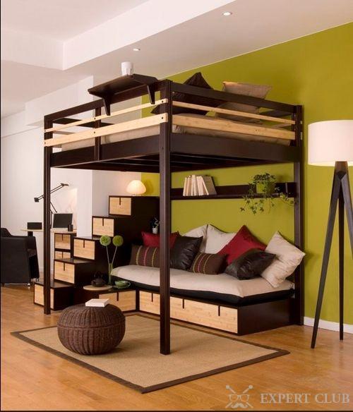 Такая кровать окажется одновременно и спальней.