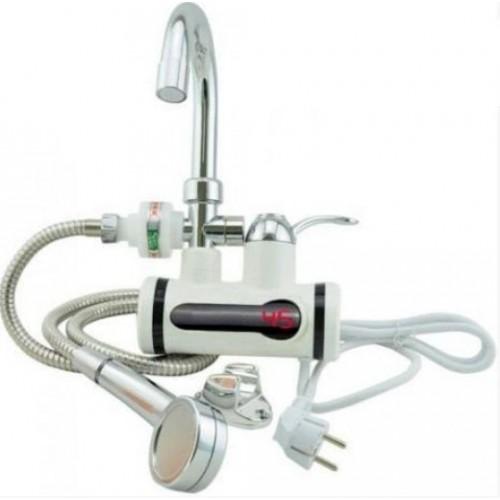 Проточный водонагреватель часто идет сразу со смесителем или/и душем.