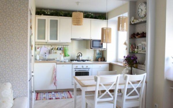 Объединение хрущёвской кухни с гостиной. Заманчивый, но не всегда реализуемый вариант
