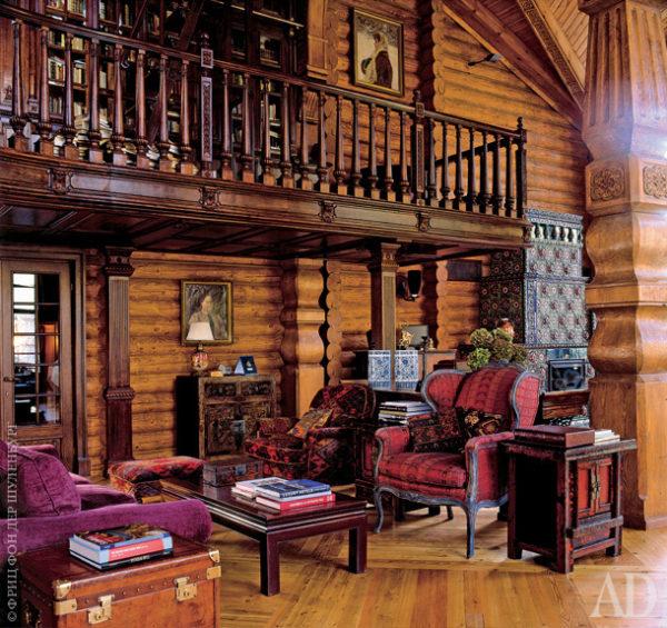 Зона отдыха под лестницей