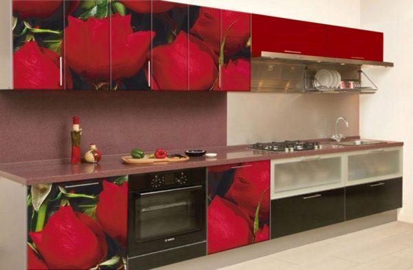 Фотообои на кухонных фасадах