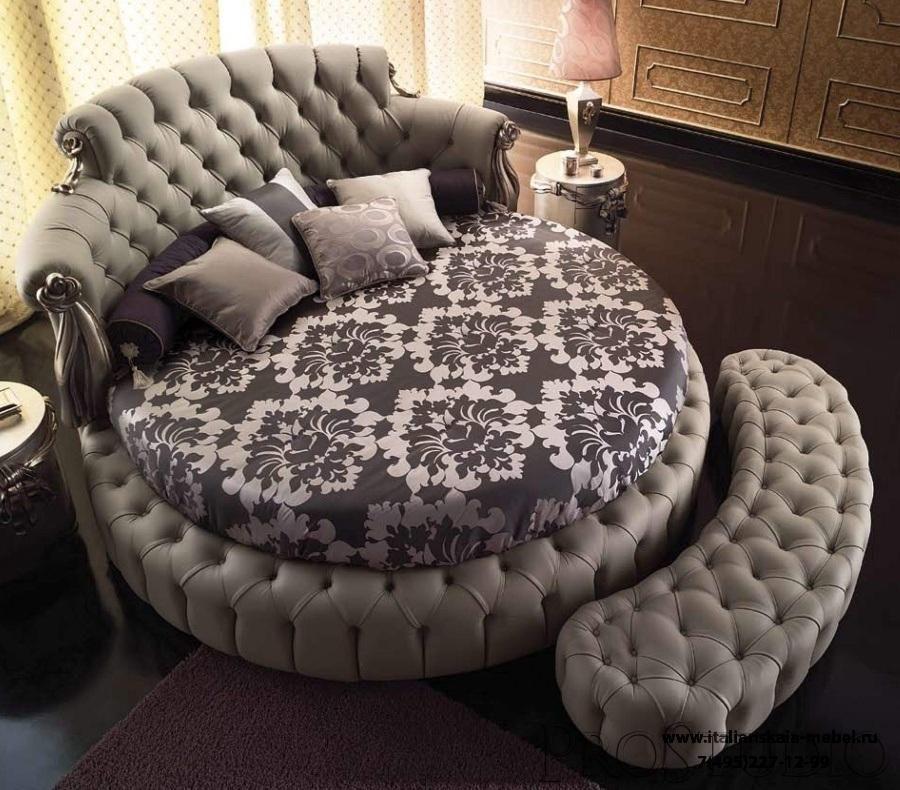 Кровать с изголовьем и бортиками