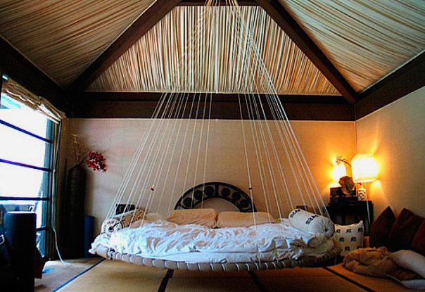 Подвесная круглая кровать
