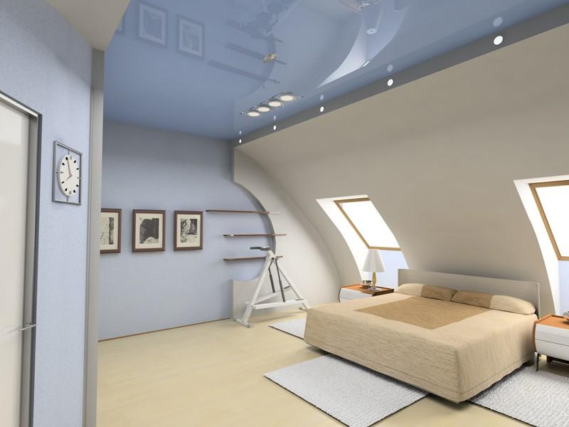 Натяжной потолок в спальне на мансарде