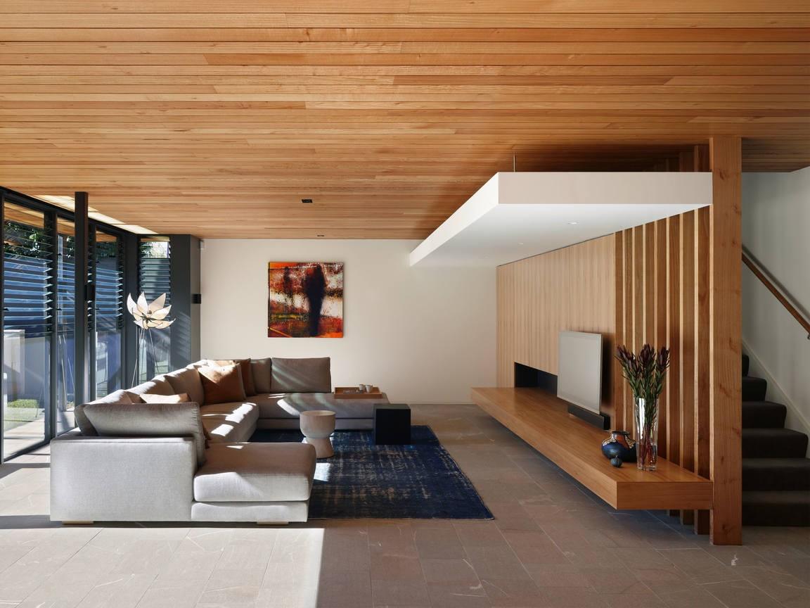 каждого деревянный потолок в квартире фото внимание, через браузер