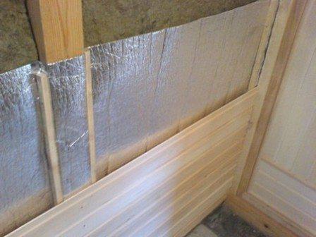 Использование отражающих материалов позволит сократить расходы на нагрев и поддержания температуры