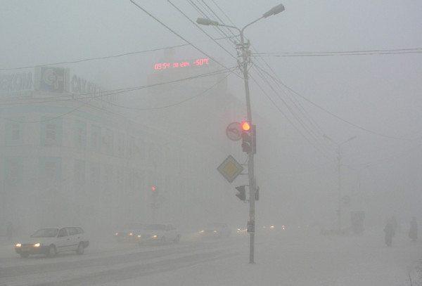 На фото - зимний Якутск. Здесь особые требования к утеплению.