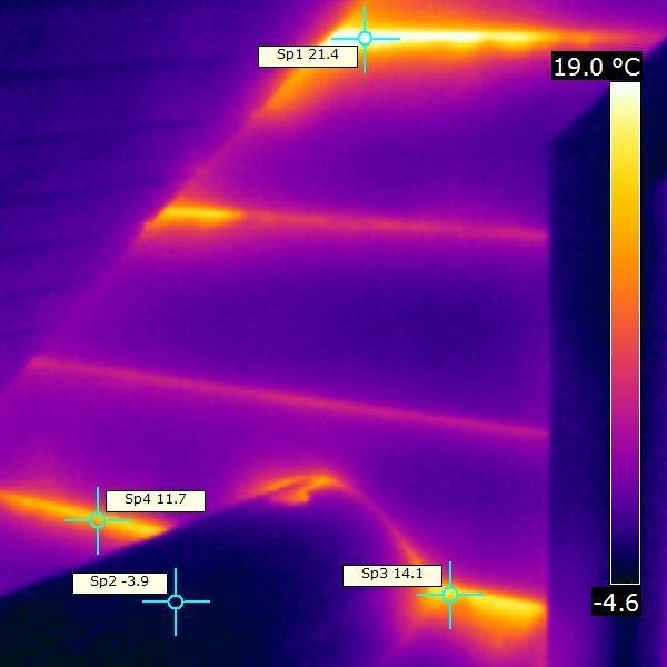 На фото – мостики холода на экране тепловизора.