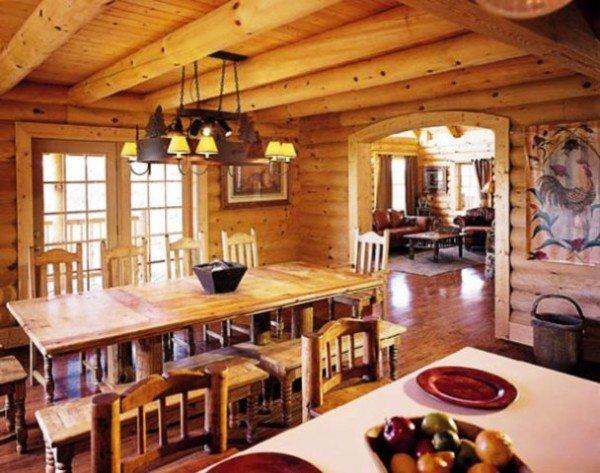 На фото можно разглядеть самобытный декор, свойственный интерьерам в деревенских стилях