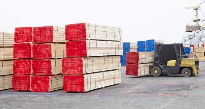 На некоторых предприятиях брус укладывают в паки по определенному количеству и даже отдельно маркируют