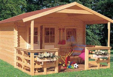 Небольшой домик из бруса