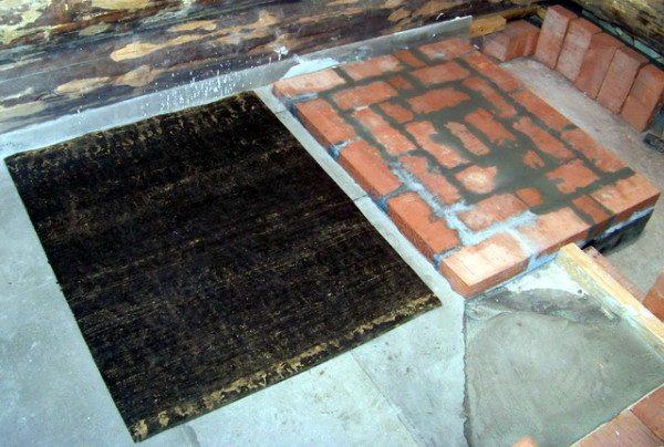 Нельзя использовать отделочный или силикатный кирпич, такие изделия не предназначены для высоких температур