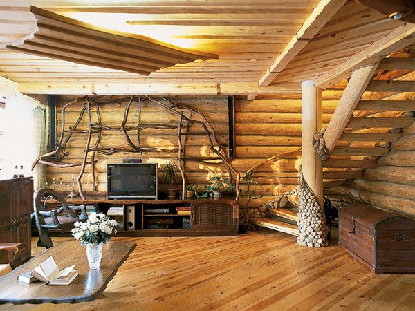 Обратите внимание на всевозможные переплетения в интерьере этой гостиной