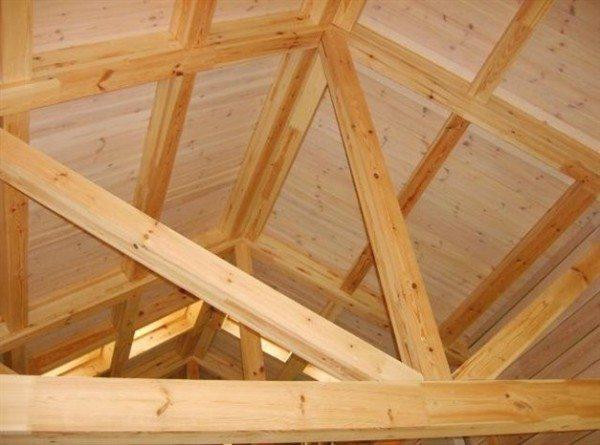 Стропильная система кровли деревянного дома