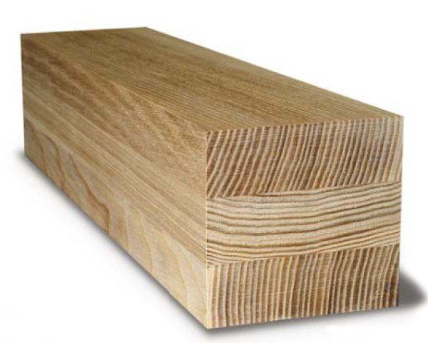 Учитывая то, что волокна при создании таких материалов располагаются в разном направлении, конечное изделие получает отличную прочность, которая превышает качества обычного бруса