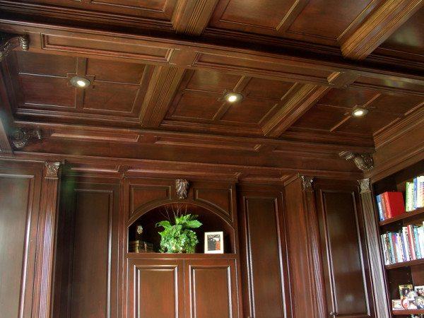 Внутренняя отделка интерьера с использованием бруса из дуба
