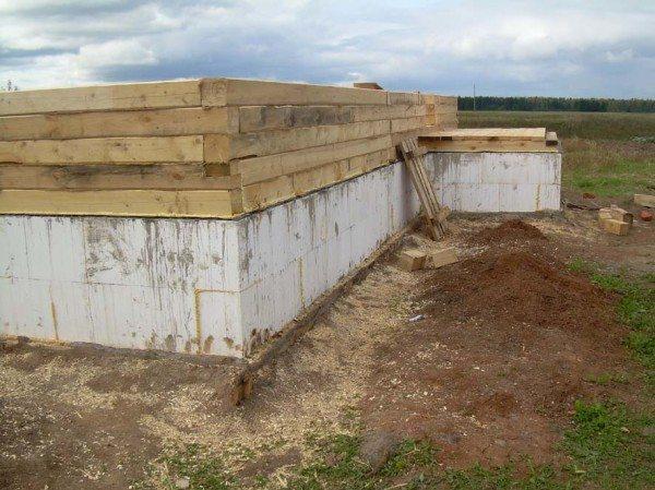 Возведение стен дома из бруса